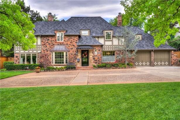 French,Traditional, Single Family - Nichols Hills, OK