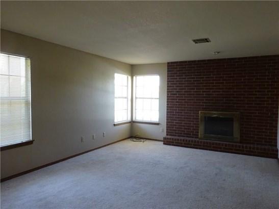 Condominium, Traditional - Oklahoma City, OK (photo 3)