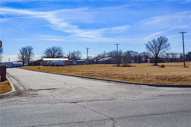 Lot - Pawhuska, OK (photo 1)