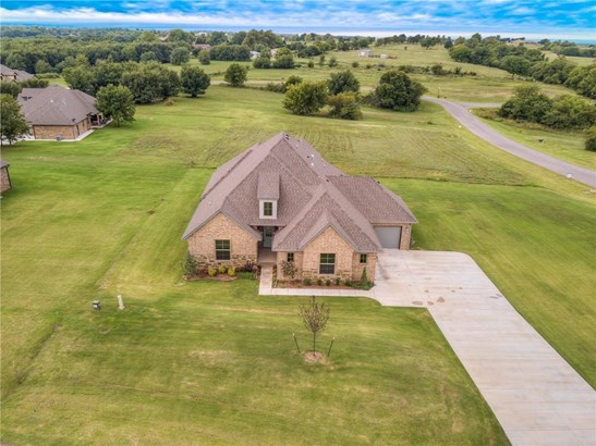 Traditional, Single Family - Newcastle, OK (photo 1)