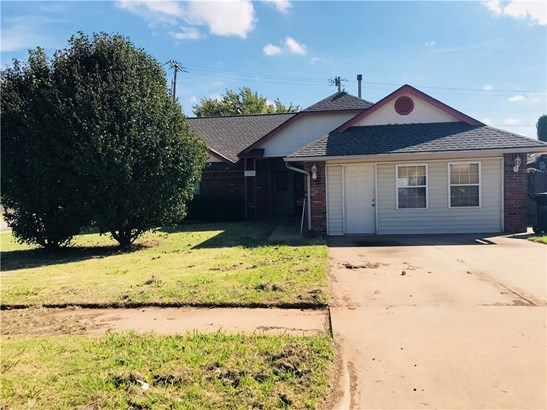 Ranch, Single Family - Moore, OK (photo 2)