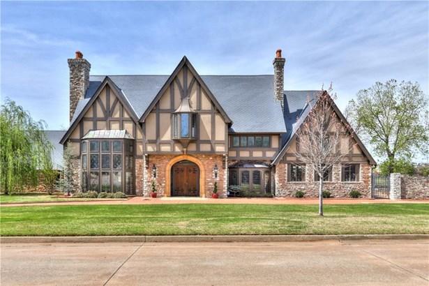 Old English/Tudor, Single Family - Oklahoma City, OK (photo 2)