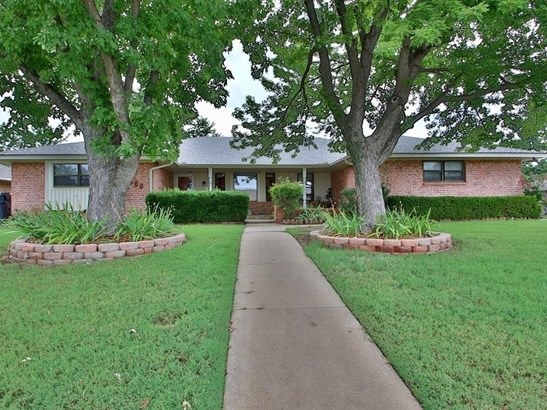 Ranch,Traditional, Single Family - Oklahoma City, OK (photo 1)