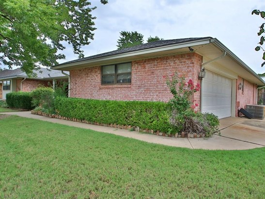 Ranch,Traditional, Single Family - Oklahoma City, OK (photo 3)