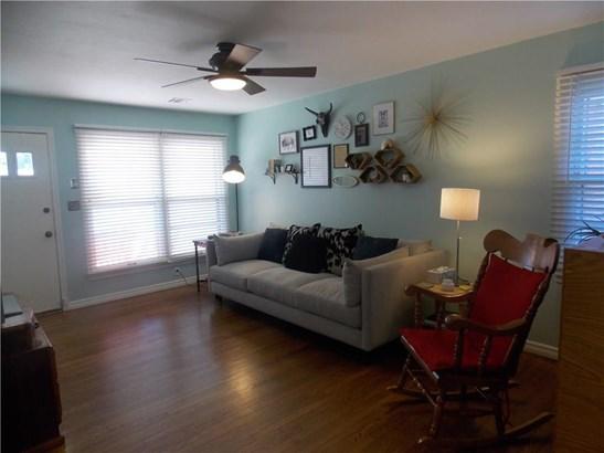 Bungalow, Single Family - Oklahoma City, OK (photo 2)