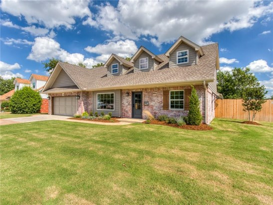 Traditional, Single Family - The Village, OK