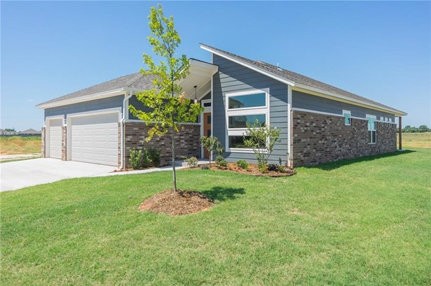 Contemporary, Single Family - Mustang, OK (photo 2)