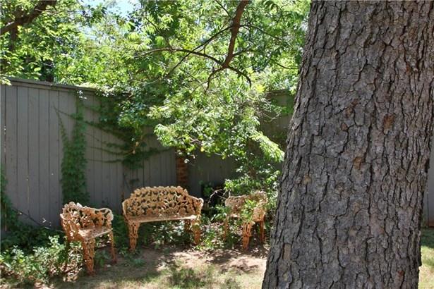 Dallas, Single Family - Oklahoma City, OK (photo 5)