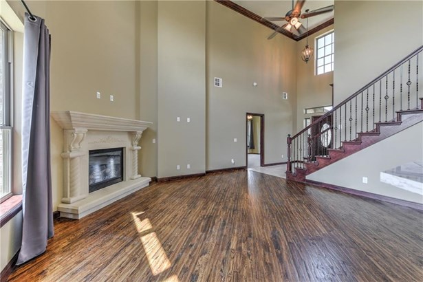 Dallas,Traditional, Single Family - Edmond, OK (photo 5)