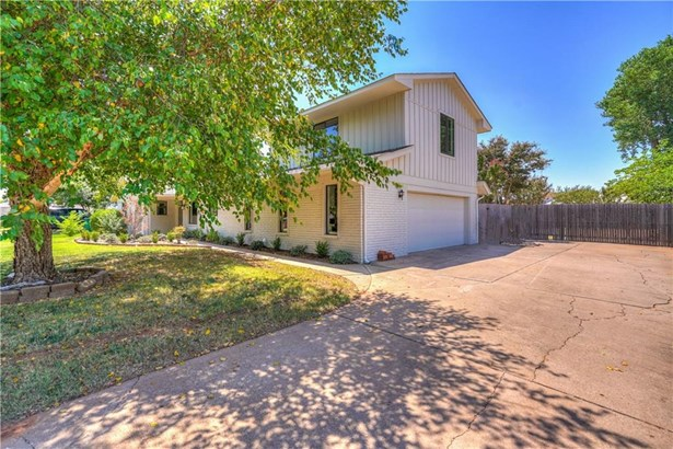 Ranch, Single Family - Oklahoma City, OK (photo 2)