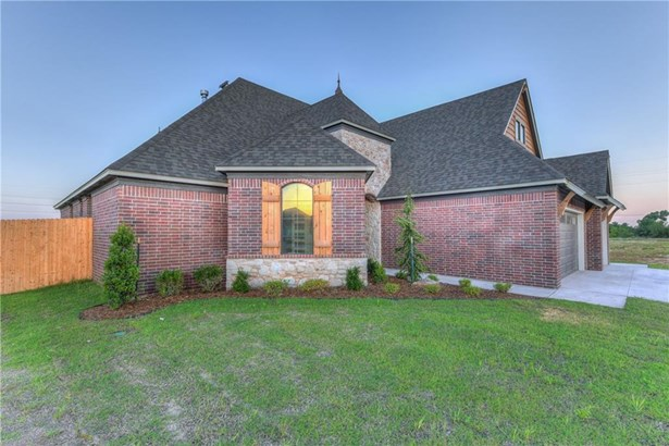Dallas, Single Family - Yukon, OK (photo 2)