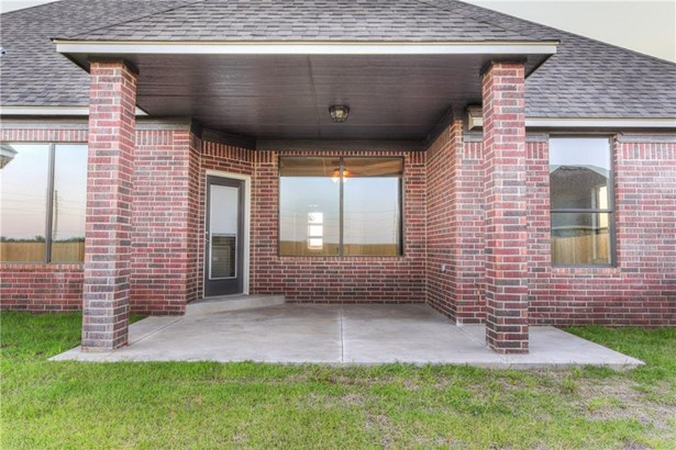 Dallas, Single Family - Yukon, OK (photo 4)