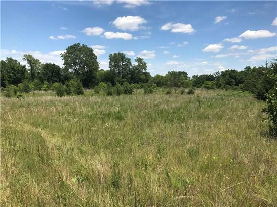Acreage, Traditional - Shawnee, OK (photo 1)