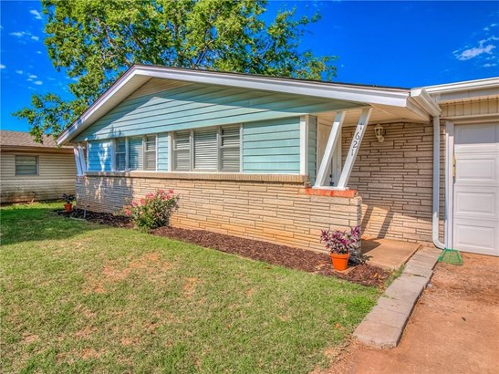 Ranch, Single Family - Midwest City, OK (photo 2)