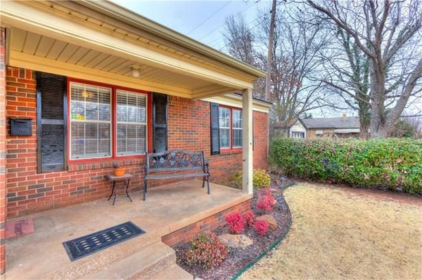 Bungalow, Single Family - Oklahoma City, OK (photo 5)
