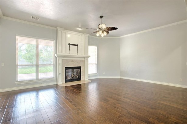 French,Traditional, Single Family - Edmond, OK (photo 5)