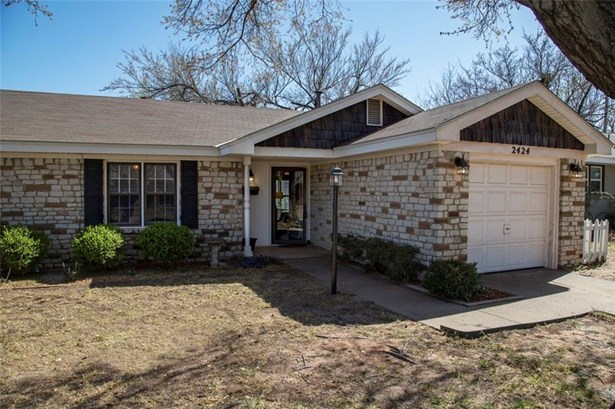 Cape Cod, Single Family - Oklahoma City, OK (photo 2)