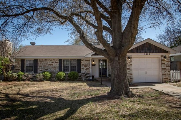 Cape Cod, Single Family - Oklahoma City, OK (photo 3)