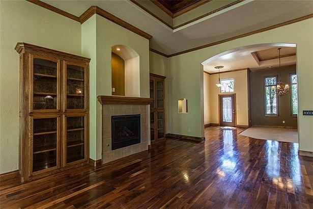 Dallas,Traditional, Single Family - Edmond, OK (photo 4)