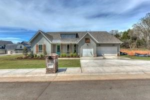 Traditional, Single Family - Edmond, OK (photo 1)