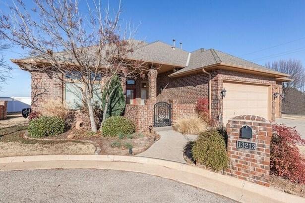 Patio Home, Traditional - Oklahoma City, OK (photo 3)