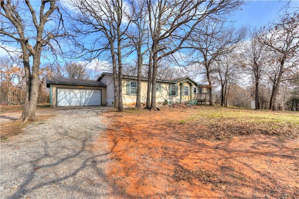 Traditional, Single Family - Luther, OK (photo 3)