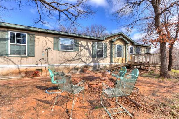 Traditional, Single Family - Luther, OK (photo 4)