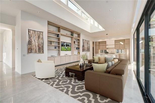 Contemporary, Single Family - Nichols Hills, OK (photo 4)