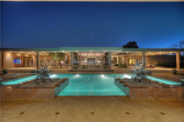 Contemporary, Single Family - Nichols Hills, OK
