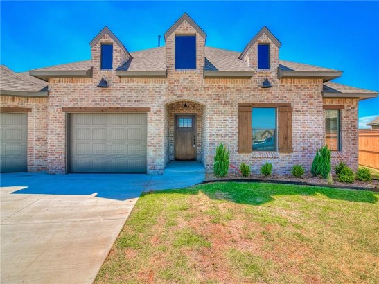 Dallas,Traditional, Single Family - Yukon, OK (photo 3)