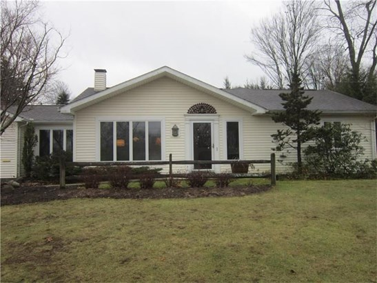 221 Meadowbrook Dr, New Wilmington, PA - USA (photo 1)