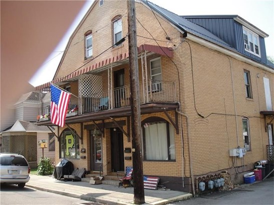 115-117 Queen St, Kittanning, PA - USA (photo 2)