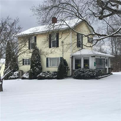8189 Mercer St, Pulaski, PA - USA (photo 2)