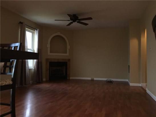 500 Pine Valley Dr, Imperial, PA - USA (photo 4)