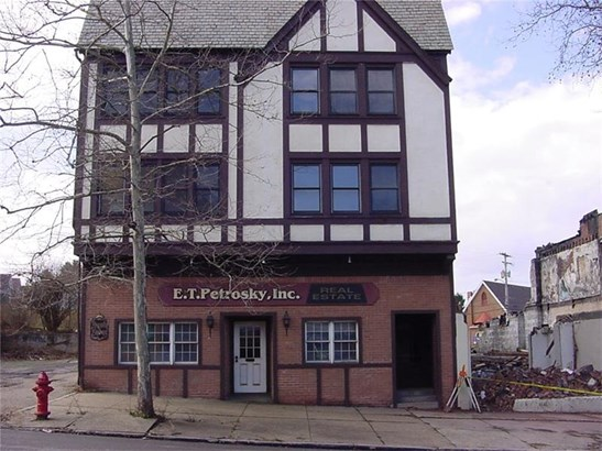 152 Washington Ave, Vandergrift, PA - USA (photo 1)
