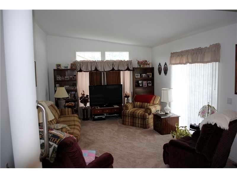 522 Chicory Ln, Mount Pleasant, PA - USA (photo 2)