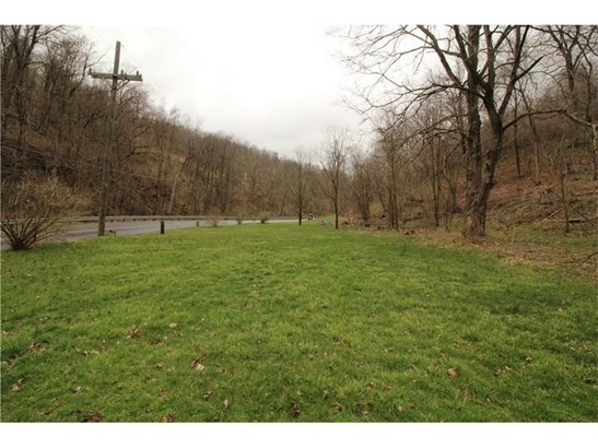 419 Mingo Creek Road, Eighty Four, PA - USA (photo 2)