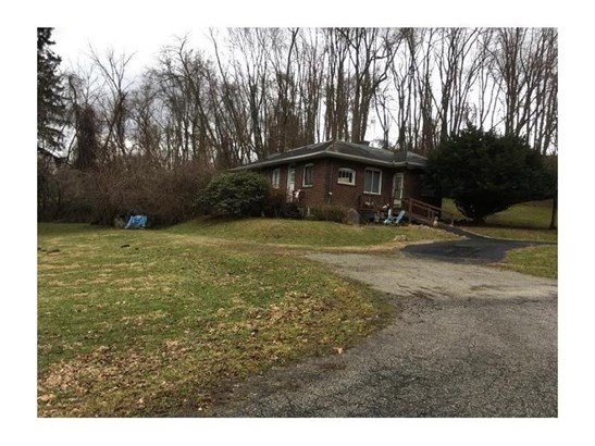 821 Stickles Ln, Irwin, PA - USA (photo 1)