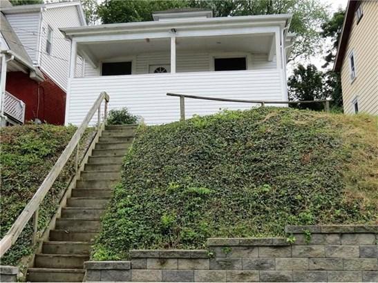 1526 Hiland Ave, Coraopolis, PA - USA (photo 2)
