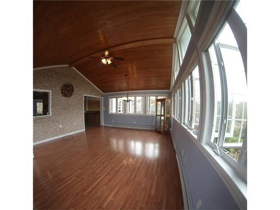 120 Valleycrest Dr, Cecil, PA - USA (photo 3)
