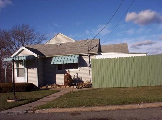 520 Oak Street, Sharpsville, PA - USA (photo 2)