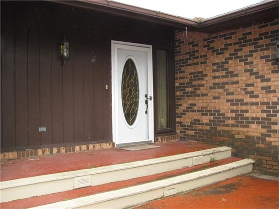 18 Windsor Drive, Greenville, PA - USA (photo 2)