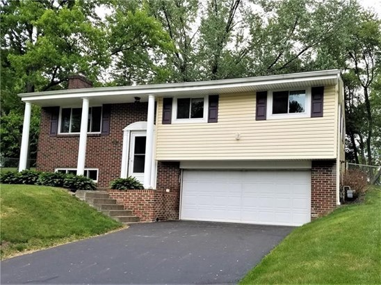 233 Greenwood Dr, Cranberry Township, PA - USA (photo 1)