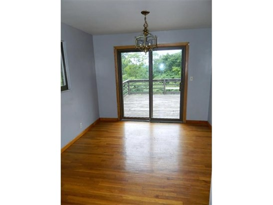 210 Maple Dr, Industry, PA - USA (photo 4)