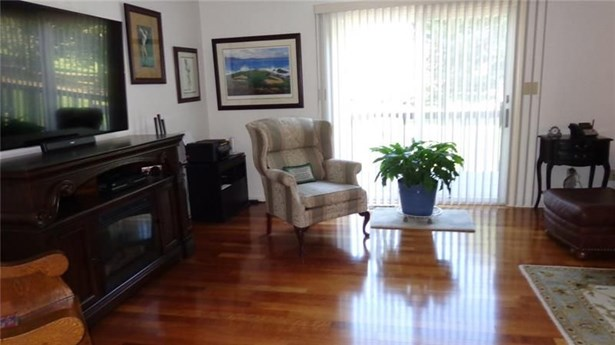 112 Clubhouse Drive, West Middlesex, PA - USA (photo 4)