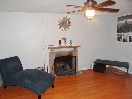 731 Charles St, Carnegie, PA - USA (photo 2)