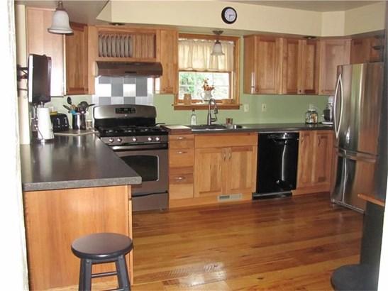 210 Oak Rd, Chicora, PA - USA (photo 3)
