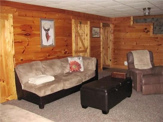 210 Oak Rd, Chicora, PA - USA (photo 5)