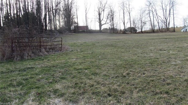 Whinnery, Hanoverton, OH - USA (photo 1)