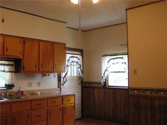 1202 Bakerstown Rd, Tarentum, PA - USA (photo 2)